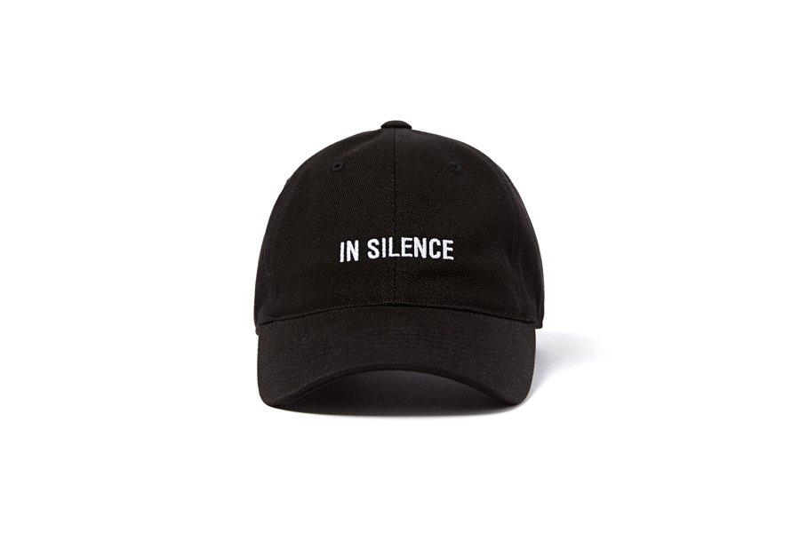 인사일런스(IN SILENCE) 로고 볼 캡 BLACK