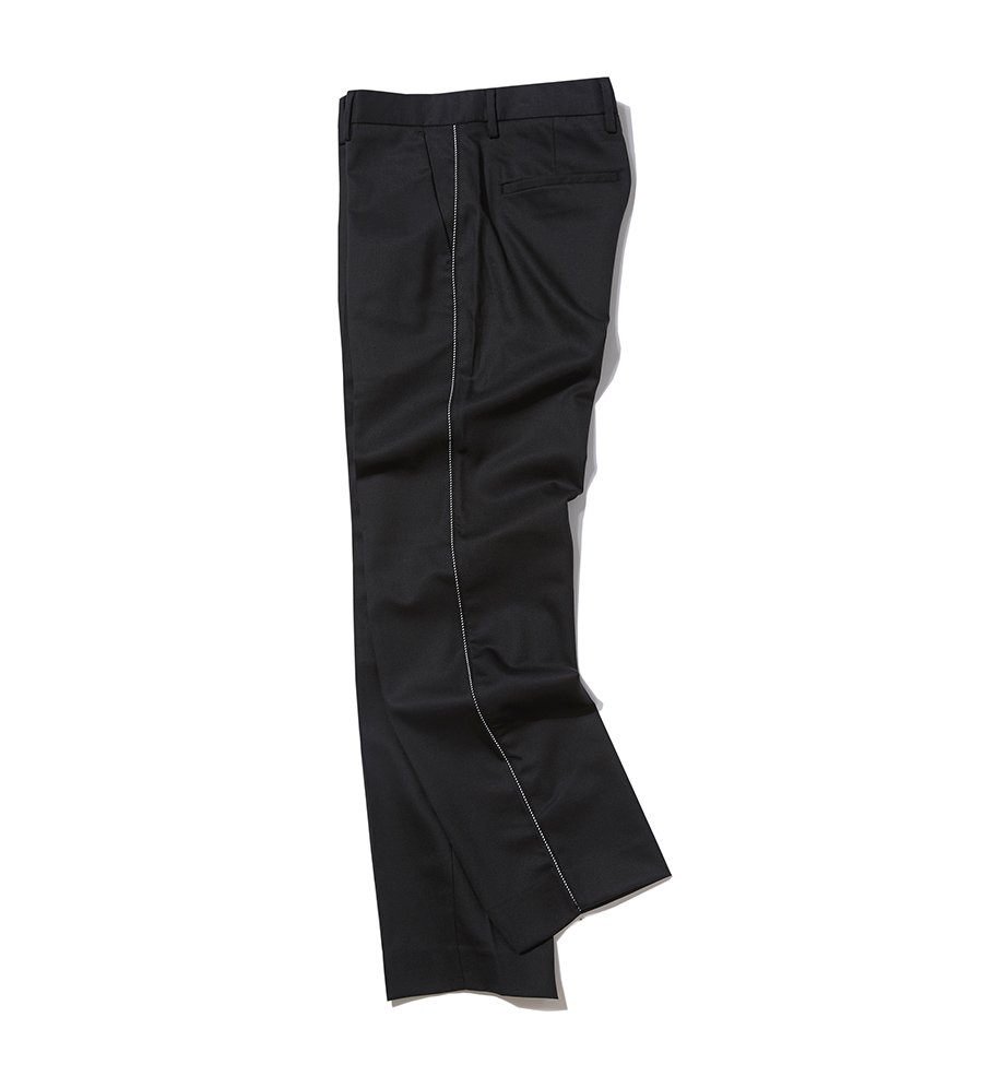 인사일런스(INSILENCE) SIDE PIPING SLACKS (black)