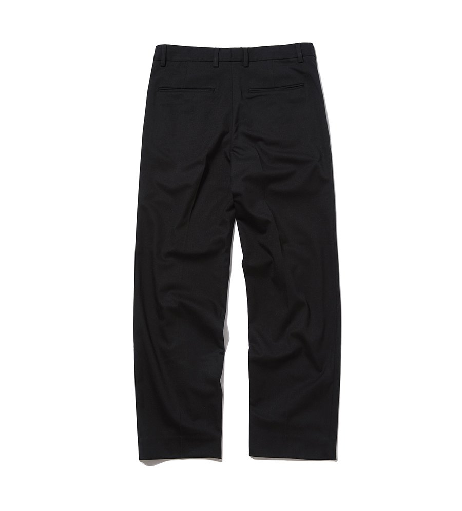 인사일런스(INSILENCE) WIDE SLACKS (black)