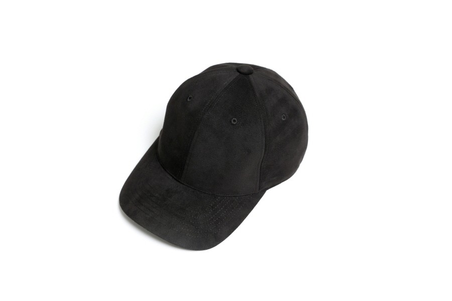 인사일런스(IN SILENCE) [IN SILENCE X GEAR3] ULTRA SUEDE BALL CAP (black)