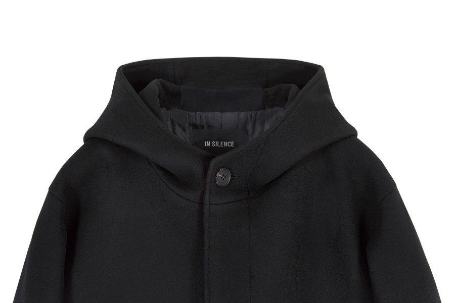 인사일런스(INSILENCE) [IN SILENCE X GEAR3] OVERSIZED HOODED COAT (black)