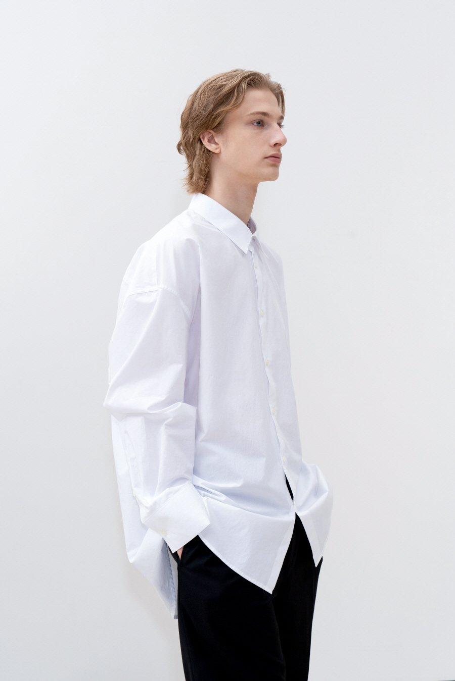 인사일런스(IN SILENCE) 오버사이즈 셔츠 WHITE