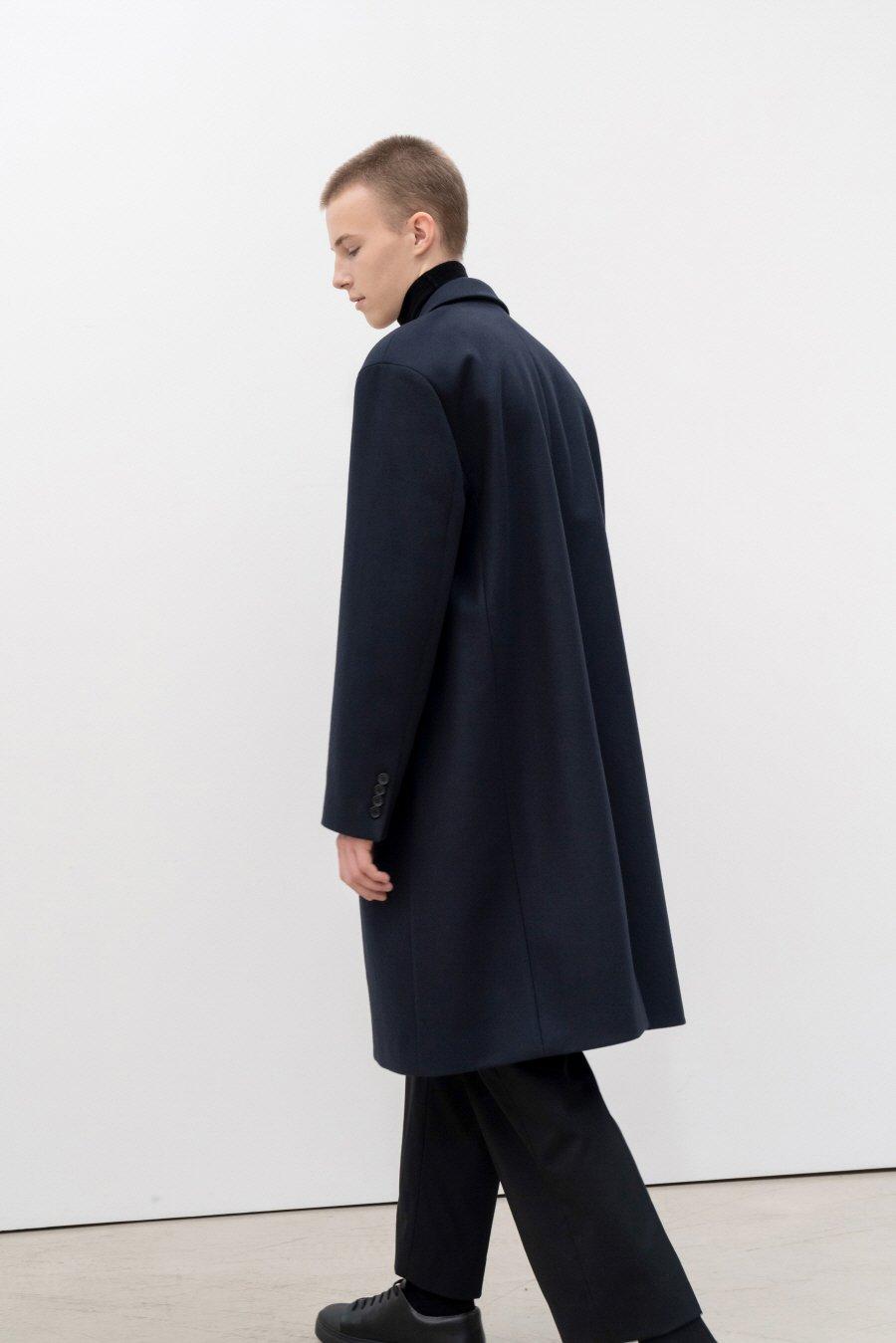 인사일런스(IN SILENCE) [BLACK LABEL] MTR 프리미엄 체스터 코트 KHAKI