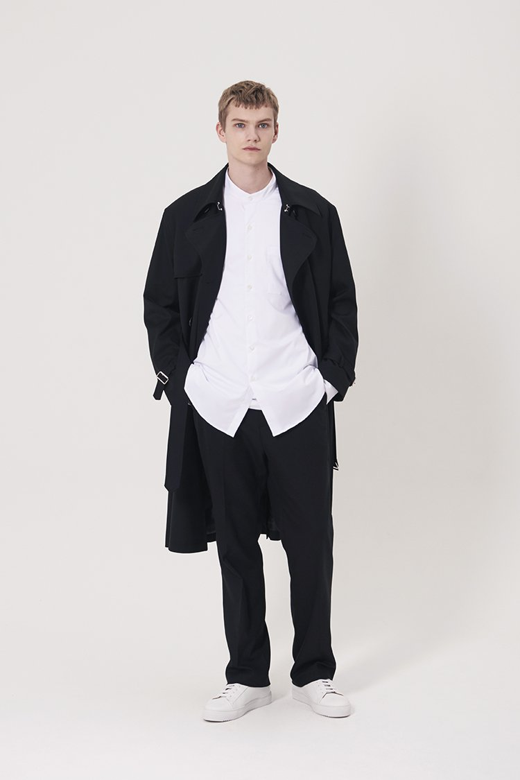 인사일런스(IN SILENCE) 오버사이즈 그랜댓 셔츠 WHITE