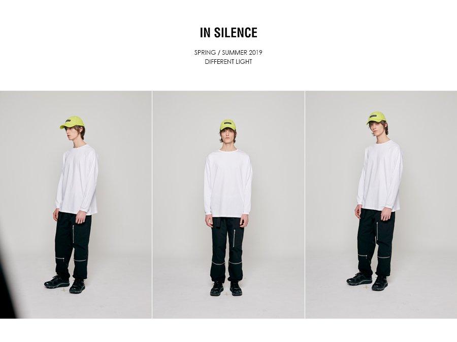 인사일런스(INSILENCE) 솔리드 크루넥 롱 슬리브 WHITE