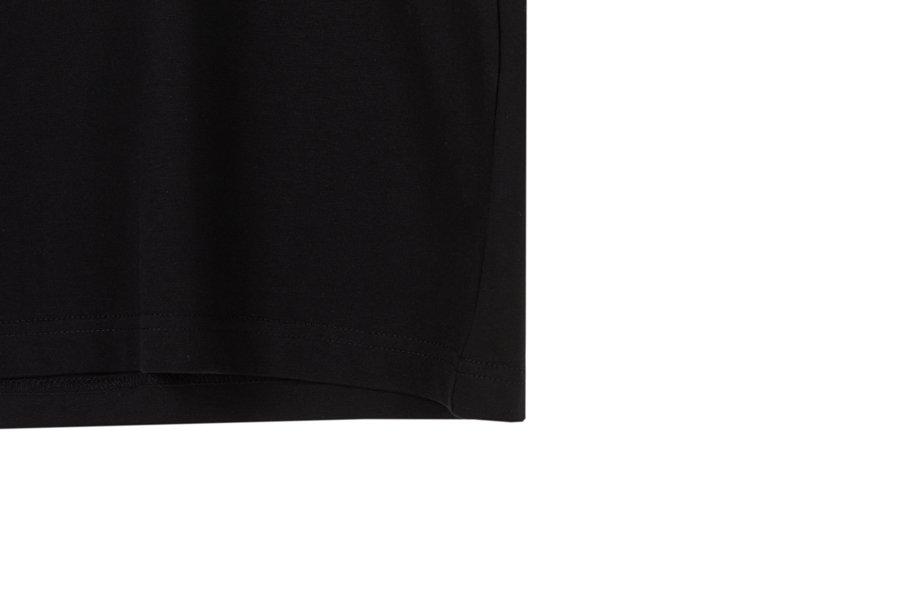 인사일런스(IN SILENCE) 스크립트 로고 티셔츠 BLACK