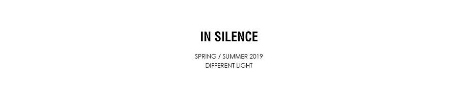 인사일런스(IN SILENCE) 로고 스윔 숏츠 KHAKI