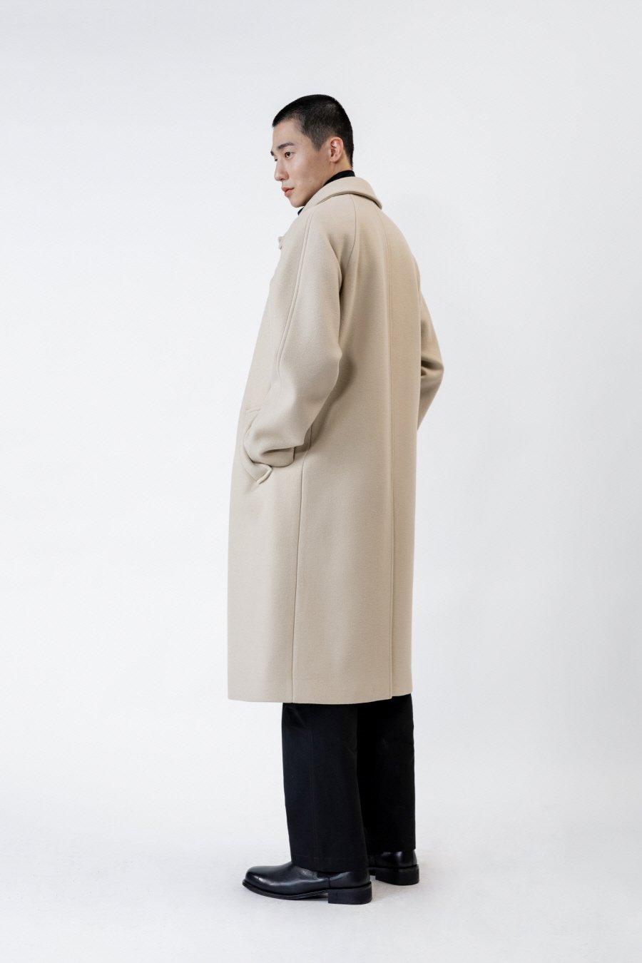 인사일런스(IN SILENCE) 발마칸 코트 CREAM